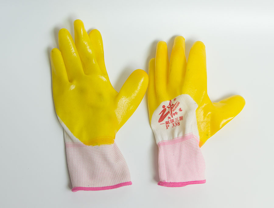 牛郎星浸胶手套